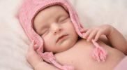 Zimowa wyprawka dla noworodka  – w co się zaopatrzyć?