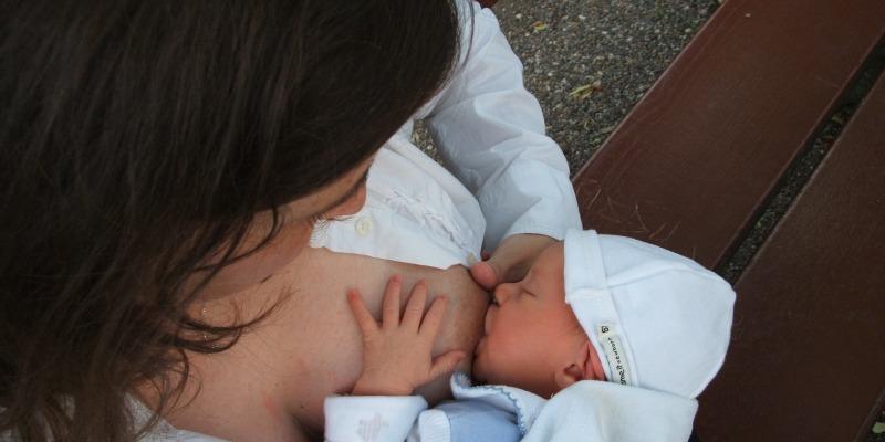 karmienie piersią a ciąża